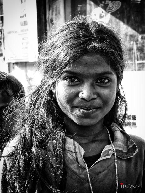 black and white, portrait, irfan hussain, thereddotman, irfan, hussain, strret girll