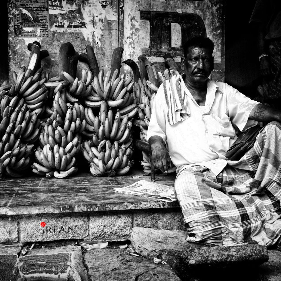 banana merchant, black and white, portraits, irfan hussain, thereddotman, irfan, hussain