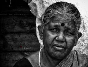 sad old lady candid wordpress