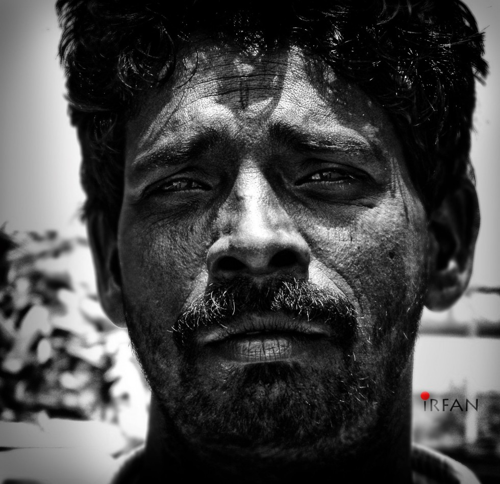 smug guy, black and white, portraits, irfan hussain, thereddotman, irfan, hussain
