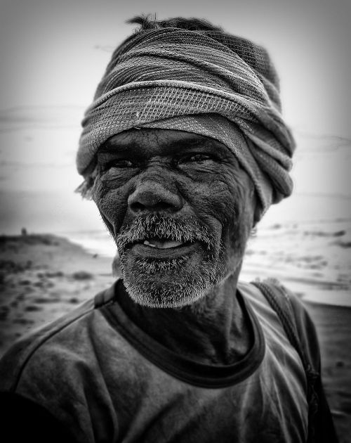 broken bridge, fisher man, wordpress, black and white, portraits, irfan hussain, thereddotman, irfan, hussain