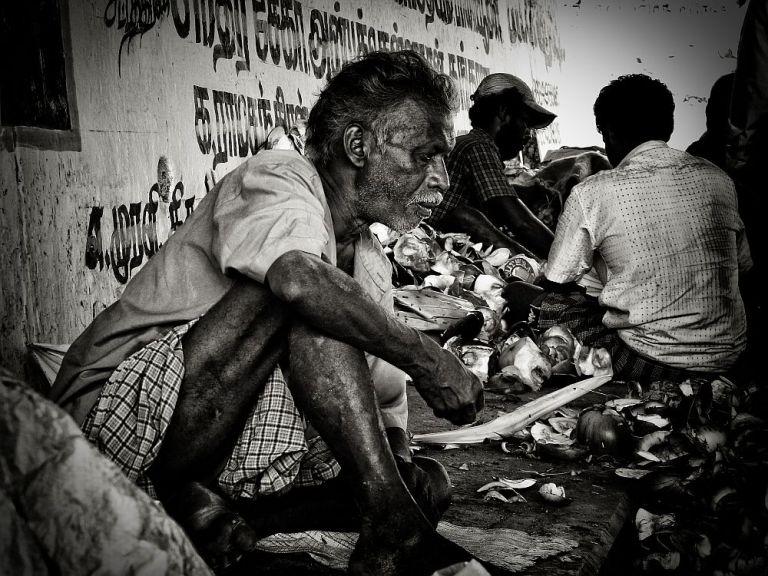 indian poverty old man under bridge home less 2 wordpress