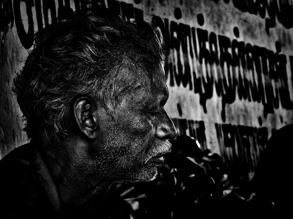 indian poverty old man under bridge home less 5 wordpress