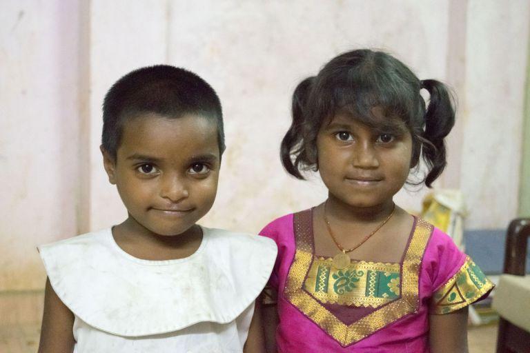 kids, siragu, school, thereddotman, irfan, hussain, nikon d3300, portrait